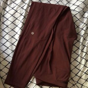 """Lululemon speed up tight 28"""" in the color Cassis"""